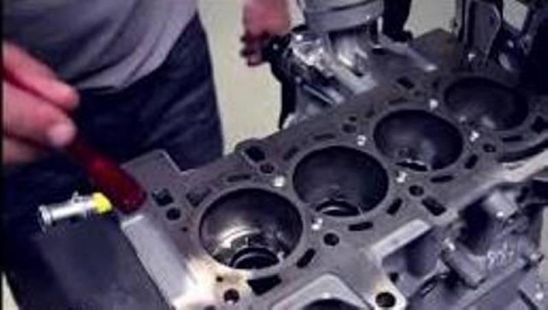 Quanto Custa Conserto de Motor de Caminhão Mercedes Santa Efigênia - Consertar Motor de Partida de Caminhão