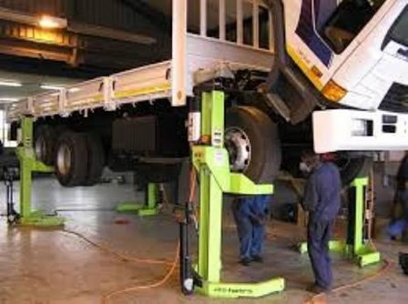 Suspensão de Caminhão da Scania Embu Guaçú - Suspensão de Caminhão Volvo